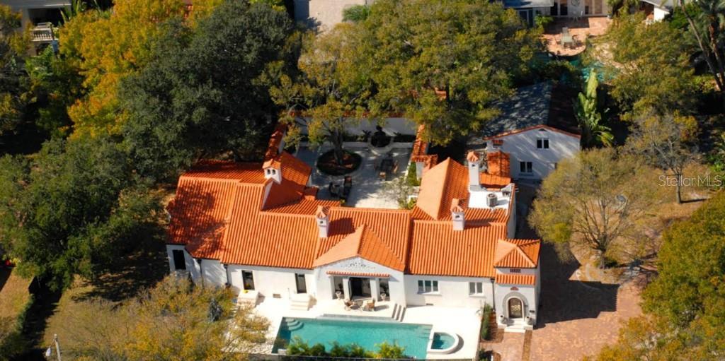 Rental Homes for Rent, ListingId:33527383, location: 100 W DAVIS BOULEVARD Tampa 33606