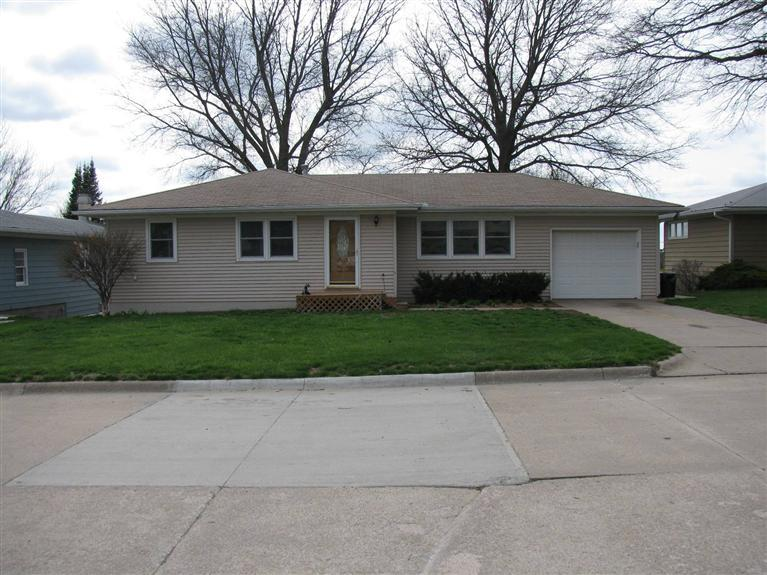 Real Estate for Sale, ListingId: 23319898, Red Oak, IA  51566