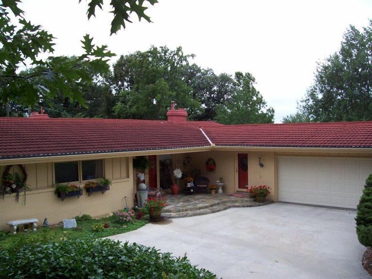 Real Estate for Sale, ListingId: 29943731, Red Oak,IA51566