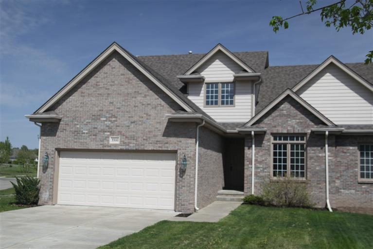 3300 Timberview Ct, Lincoln, NE 68506