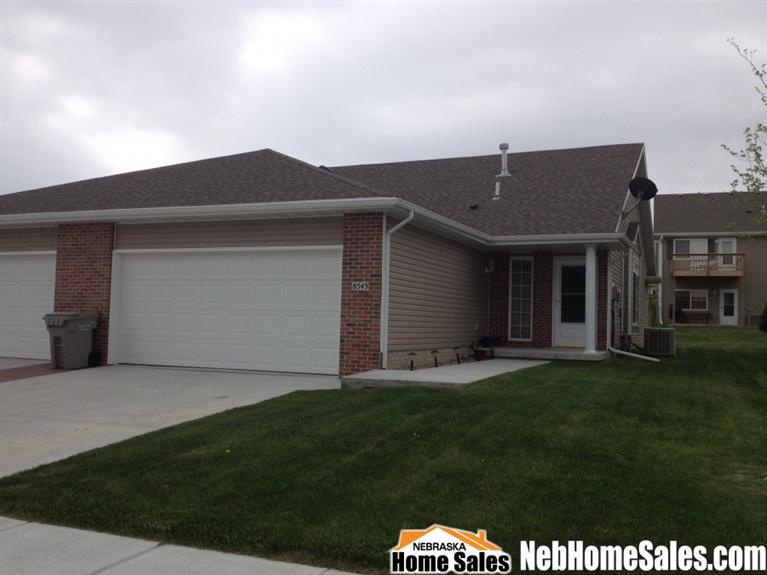 8543 Flintlock Cir, Lincoln, NE 68526