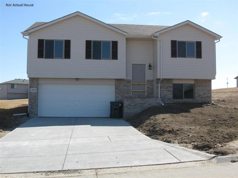 Real Estate for Sale, ListingId: 31121192, Lincoln,NE68528