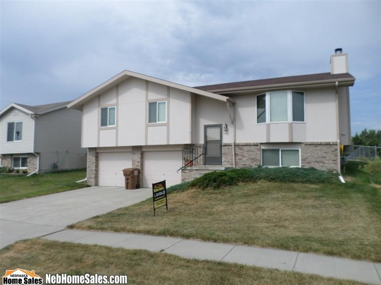 Real Estate for Sale, ListingId: 29352525, Lincoln,NE68528