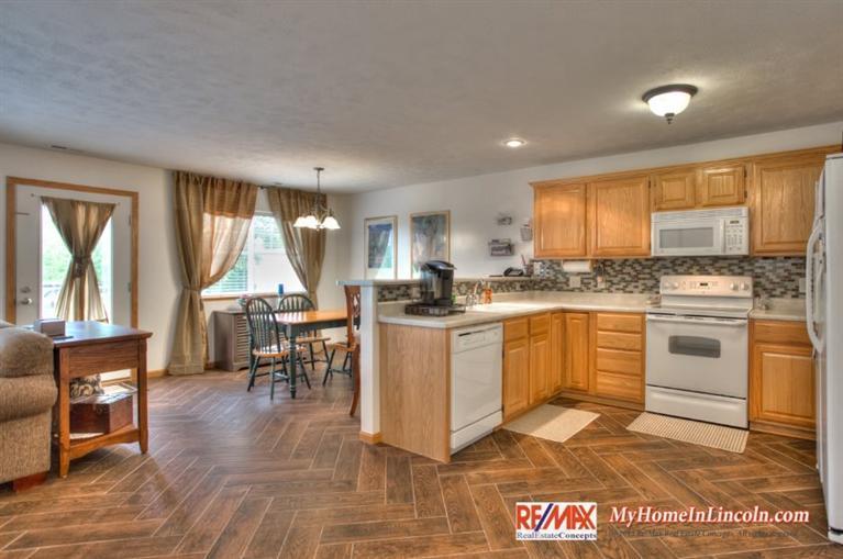 Real Estate for Sale, ListingId: 33462564, Lincoln,NE68505