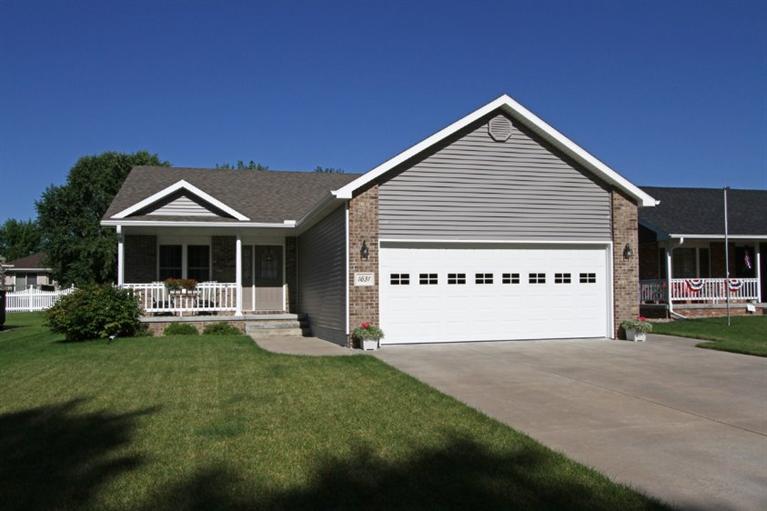 Real Estate for Sale, ListingId: 37213829, Seward,NE68434