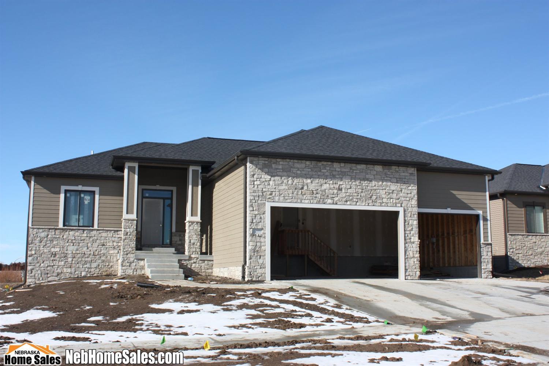 Real Estate for Sale, ListingId: 36188372, Lincoln,NE68516