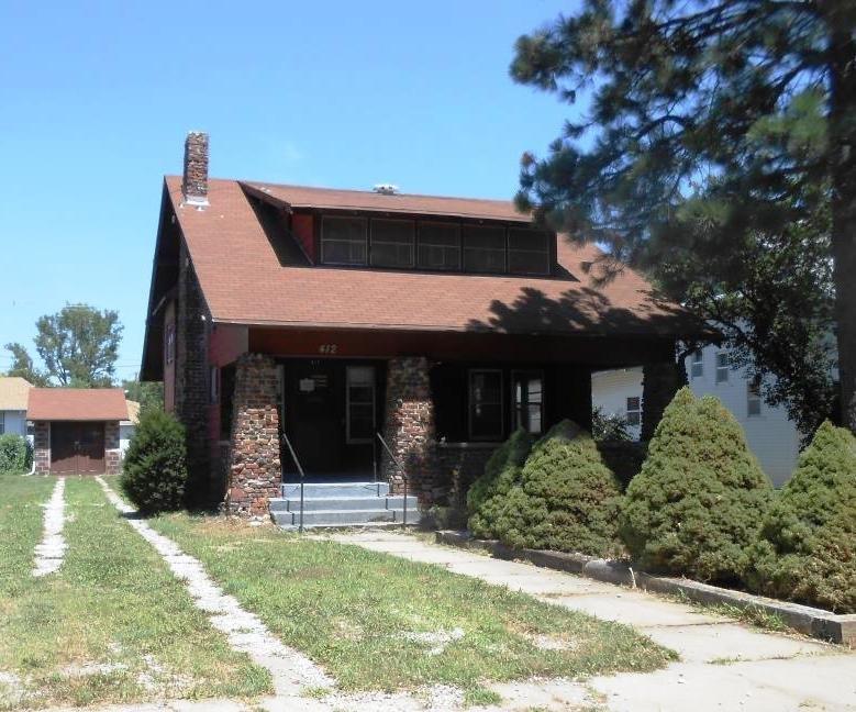 412 W 1st St, Wilber, NE 68465
