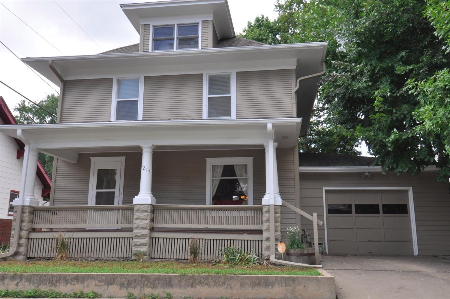 Photo of 1217 South 16th Street  Lincoln  NE