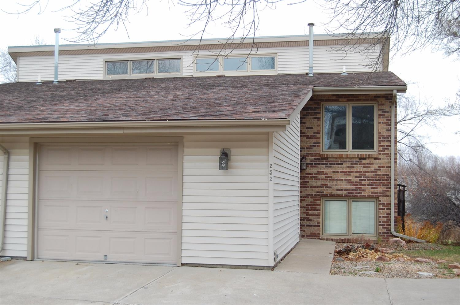 Photo of 252  Parkside Lane  Lincoln  NE