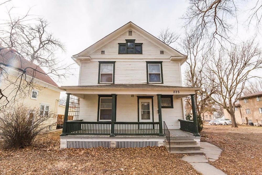 Photo of 225 South 30 Street  Lincoln  NE