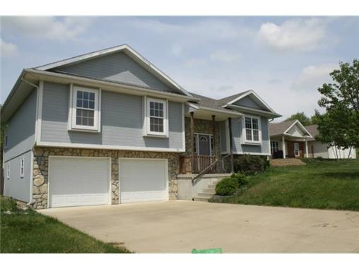 Real Estate for Sale, ListingId: 31799575, Knob Noster,MO65336