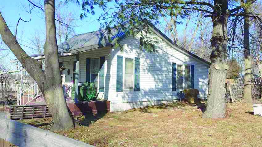 109 Oak St, Monett, MO 65708
