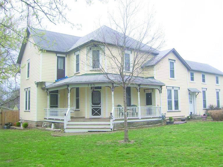 105 Mill Ave, Marionville, MO 65705