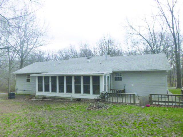 Glenwood Circle Dr, Cassville, MO 65625