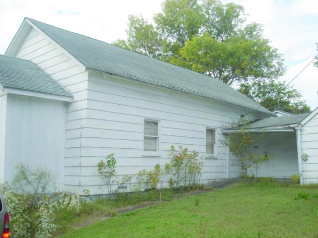 205 14th St, Cassville, MO 65625