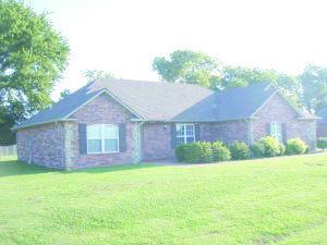2401 Estates Dr, Grove, OK 74344