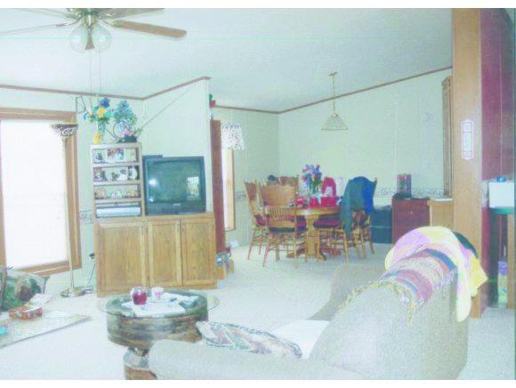 11006 Civil War Ave, Carthage, MO 64836