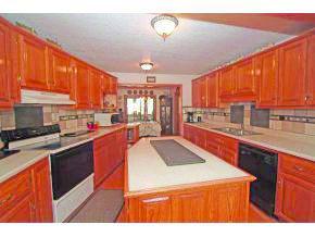1417 Eden Ave, Webb City, MO 64870