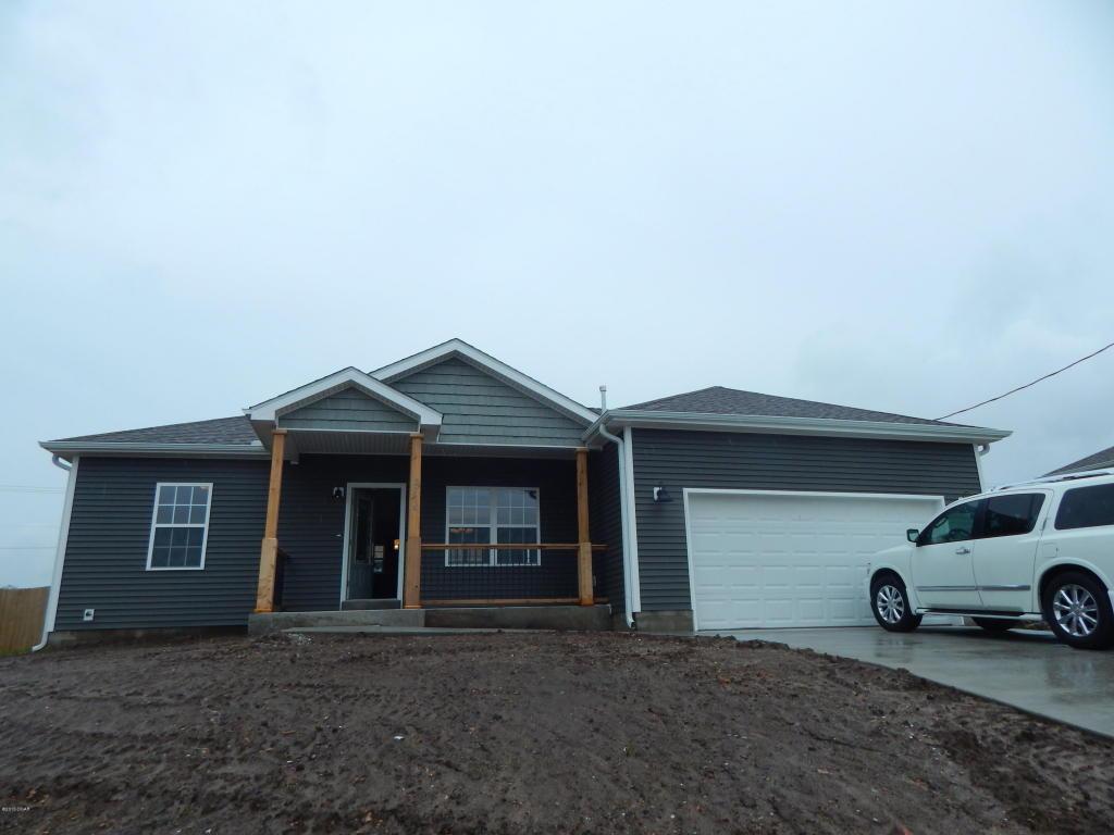 1305 Pond Rd, Grove, OK 74344