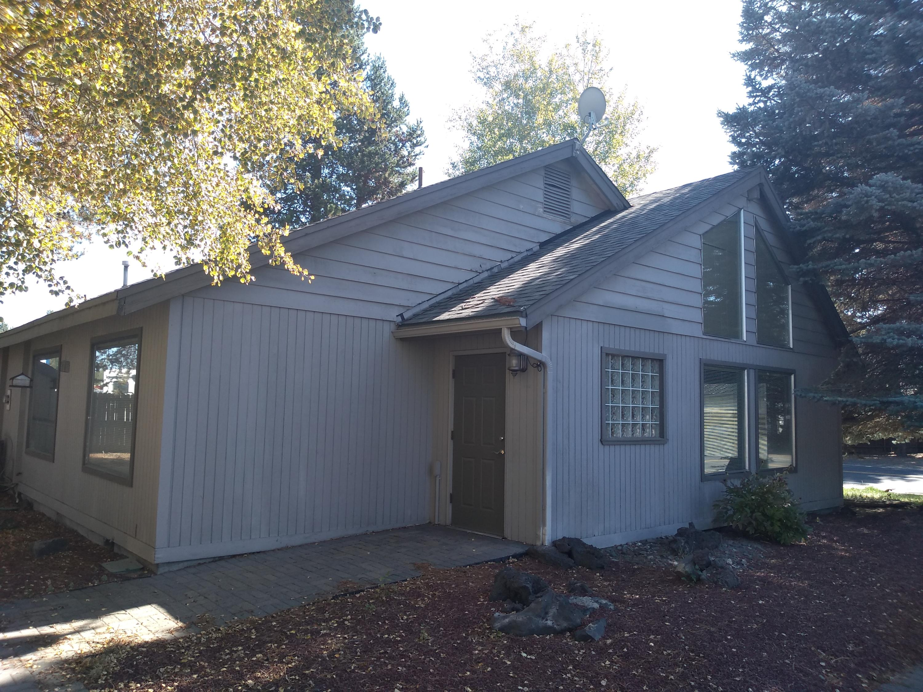primary photo for 16440 3rd Street, La Pine, OR 97739, US