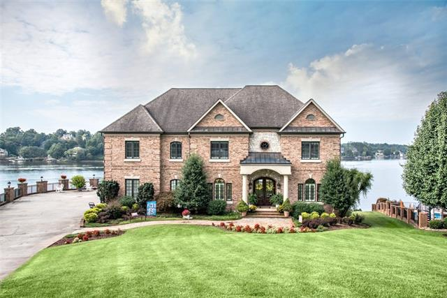 55 River Pointe Court, Hickory, North Carolina