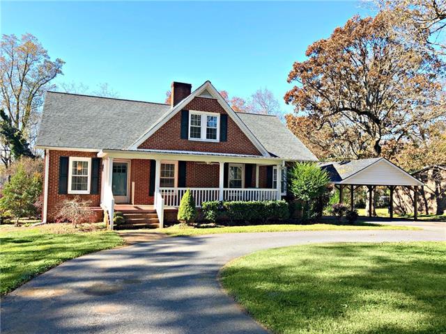 1050 S Brady Avenue, Newton, North Carolina