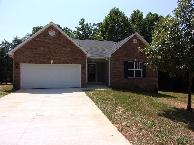 992 Maple Glen Drive, Conover, North Carolina