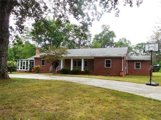 2200 Union Grove Road, Lenoir, North Carolina
