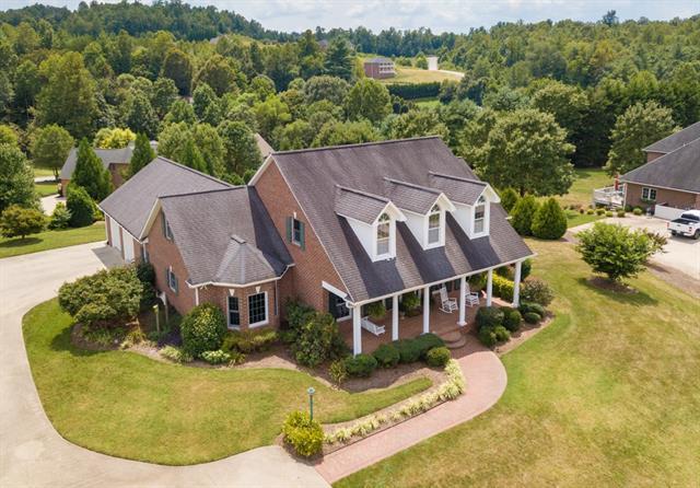 409 Woodridge Street, Lenoir, North Carolina