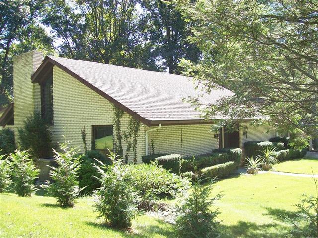 1016 Ridgewood Drive NE, Lenoir, North Carolina