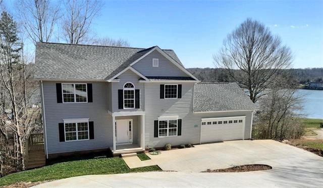 5747 Crown Terrace Road, Hickory, North Carolina