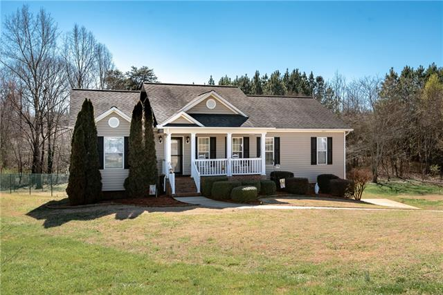 1626 Shady Grove Court, Newton, North Carolina