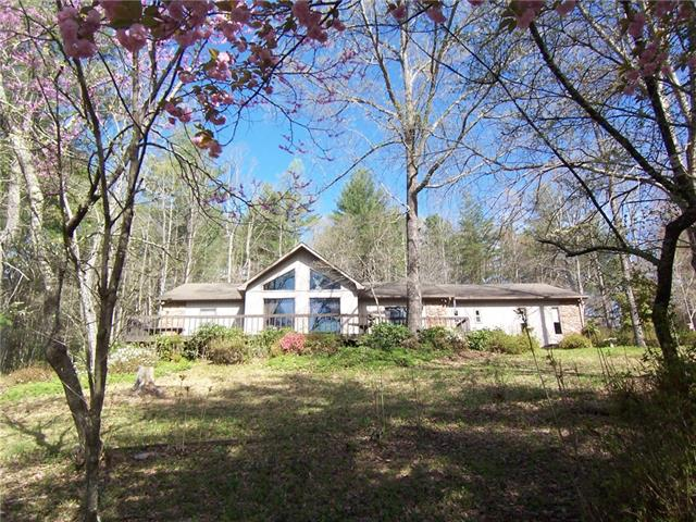 1131 Emmanuel Barn Lane, Lenoir, North Carolina