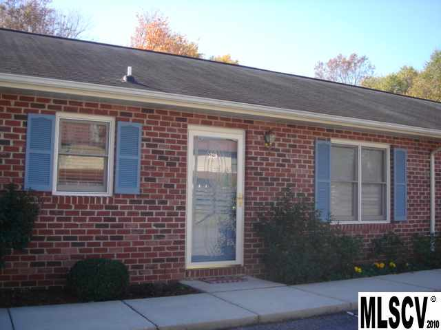 Single Family Home for Sale, ListingId:22705870, location: 1320 5TH ST NE Hickory 28601