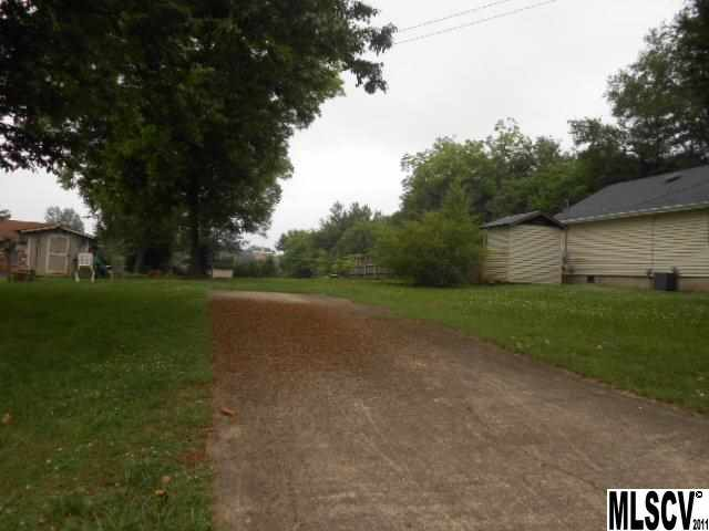 Land for Sale, ListingId:26404514, location: 128 18TH ST PL NW Hickory 28601