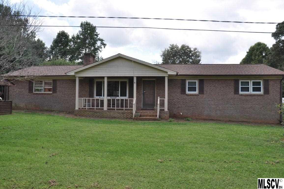 3420 32nd Ave Ct NE, Hickory, NC 28601