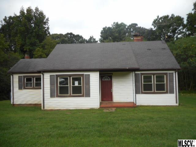 221 Barnes Ln, Stony Point, NC 28678