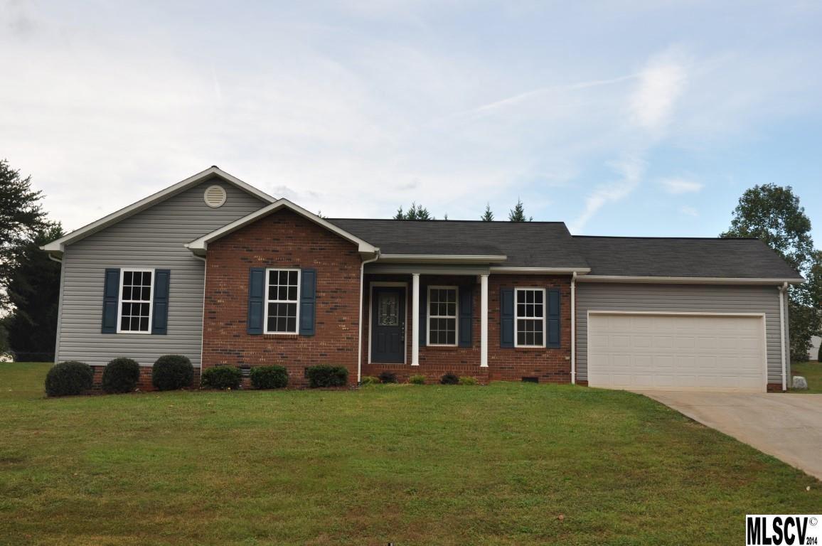 4906 Gateway Dr, Claremont, NC 28610