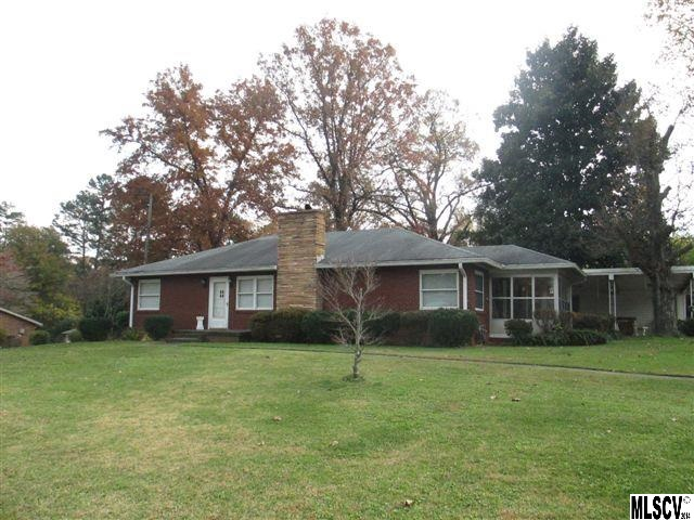 3133 6th Ave Sw, Hickory, NC 28602
