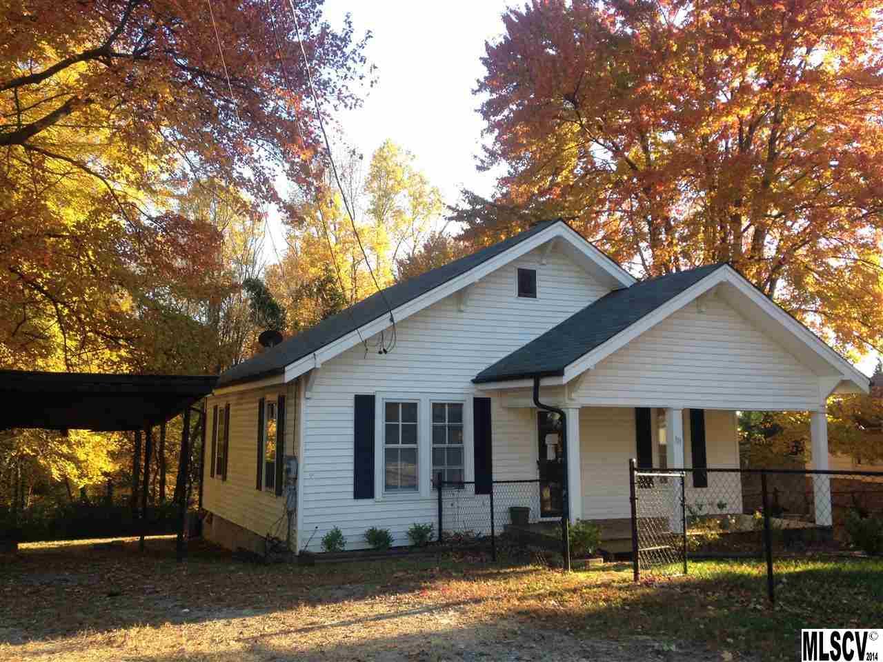 151 17th St Se, Hickory, NC 28602