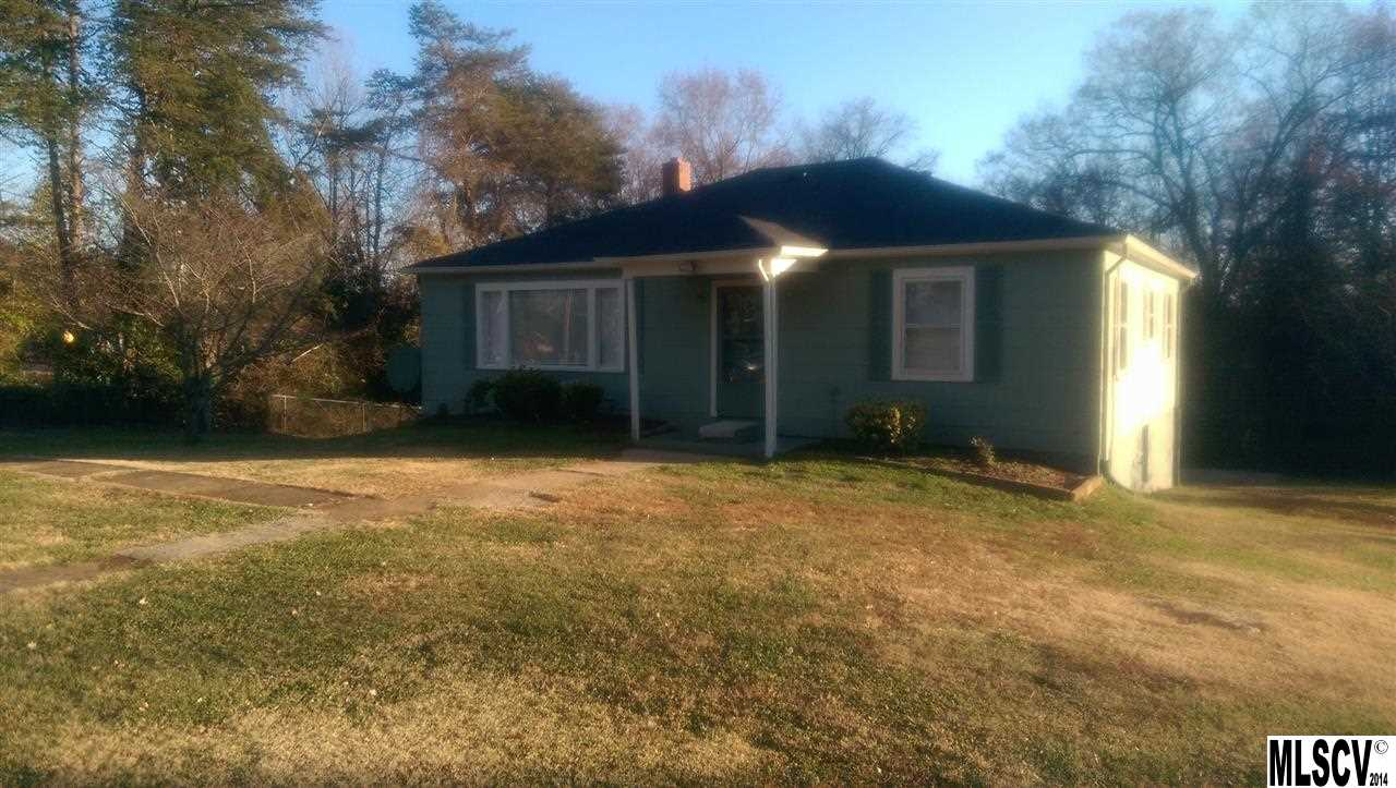3230 12th Ave Se, Hickory, NC 28602