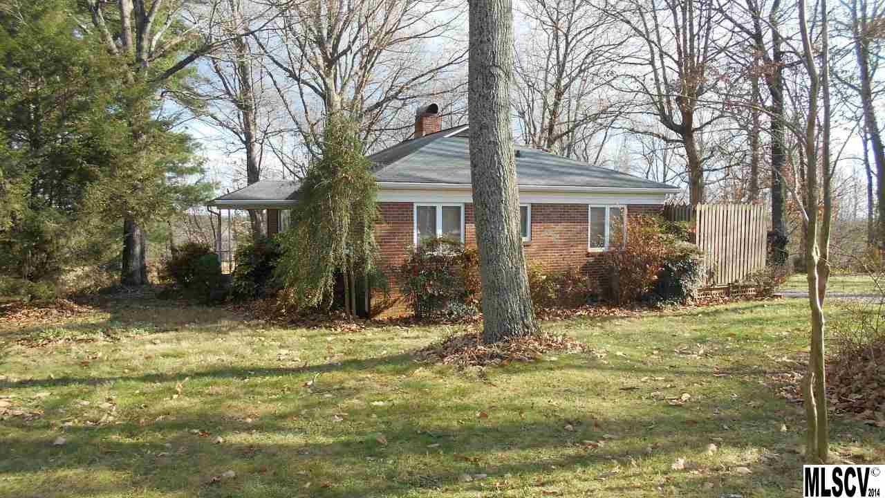 5567 Bethel Church Rd, Hickory, NC 28602