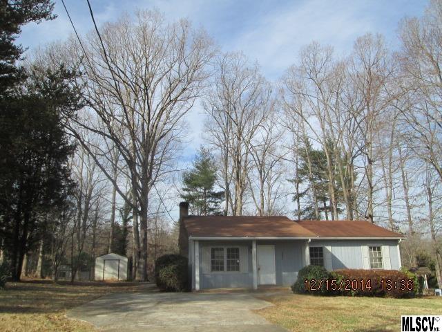 1679 Ponderosa Rd, Hickory, NC 28602