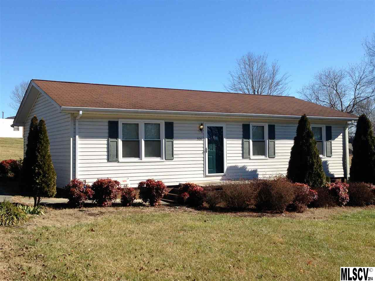 306 Greenlea Cir, Taylorsville, NC 28681