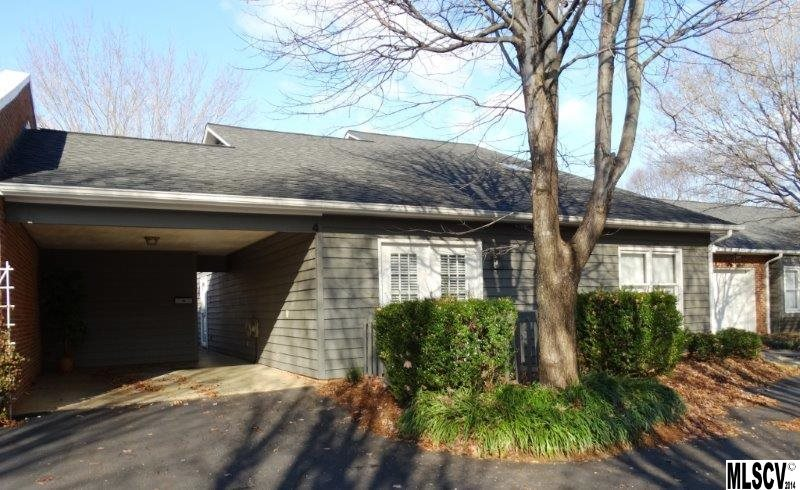 2200 6th St Nw # 4, Hickory, NC 28601