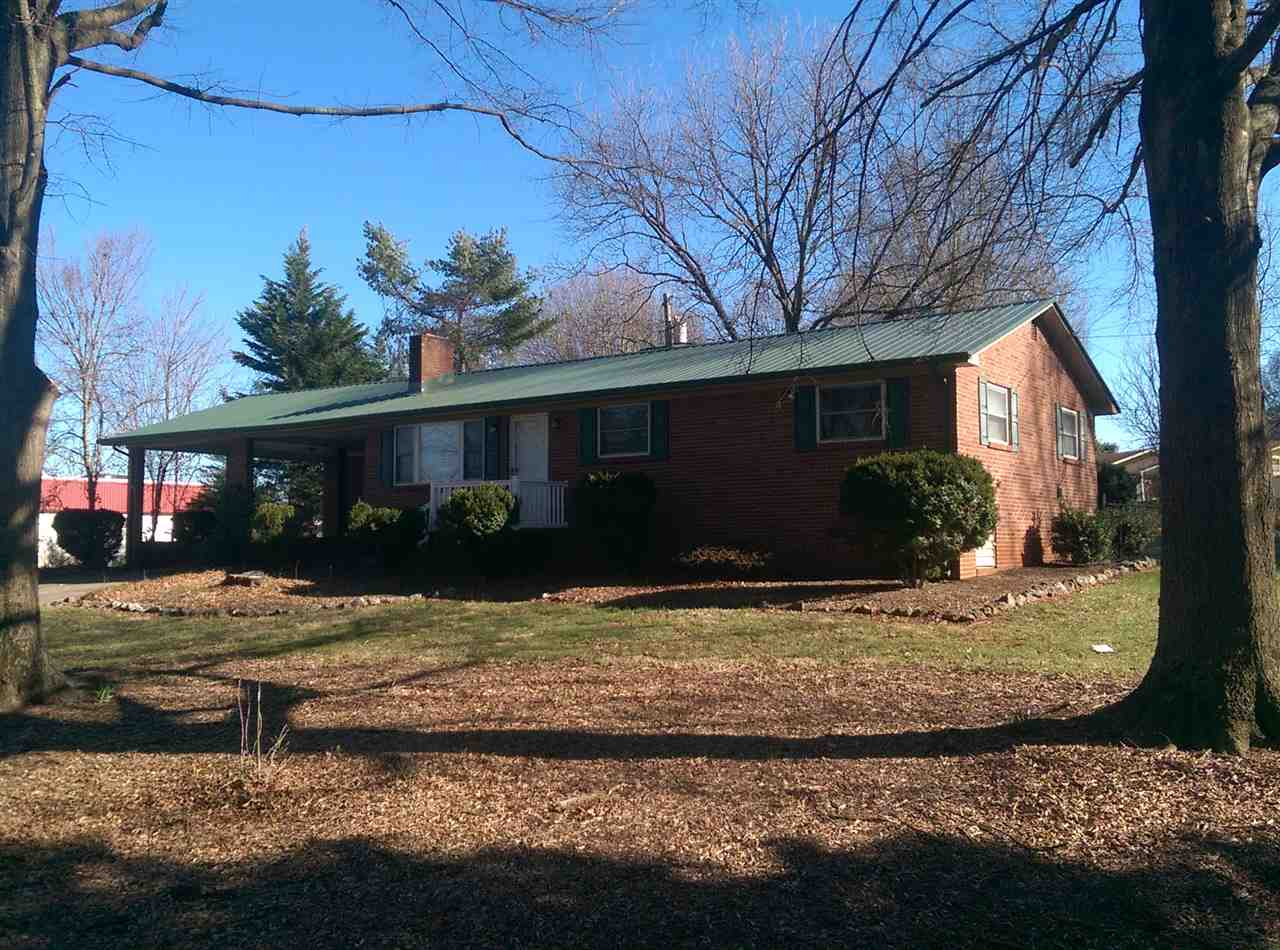 1608 Conover Blvd E, Conover, NC 28613