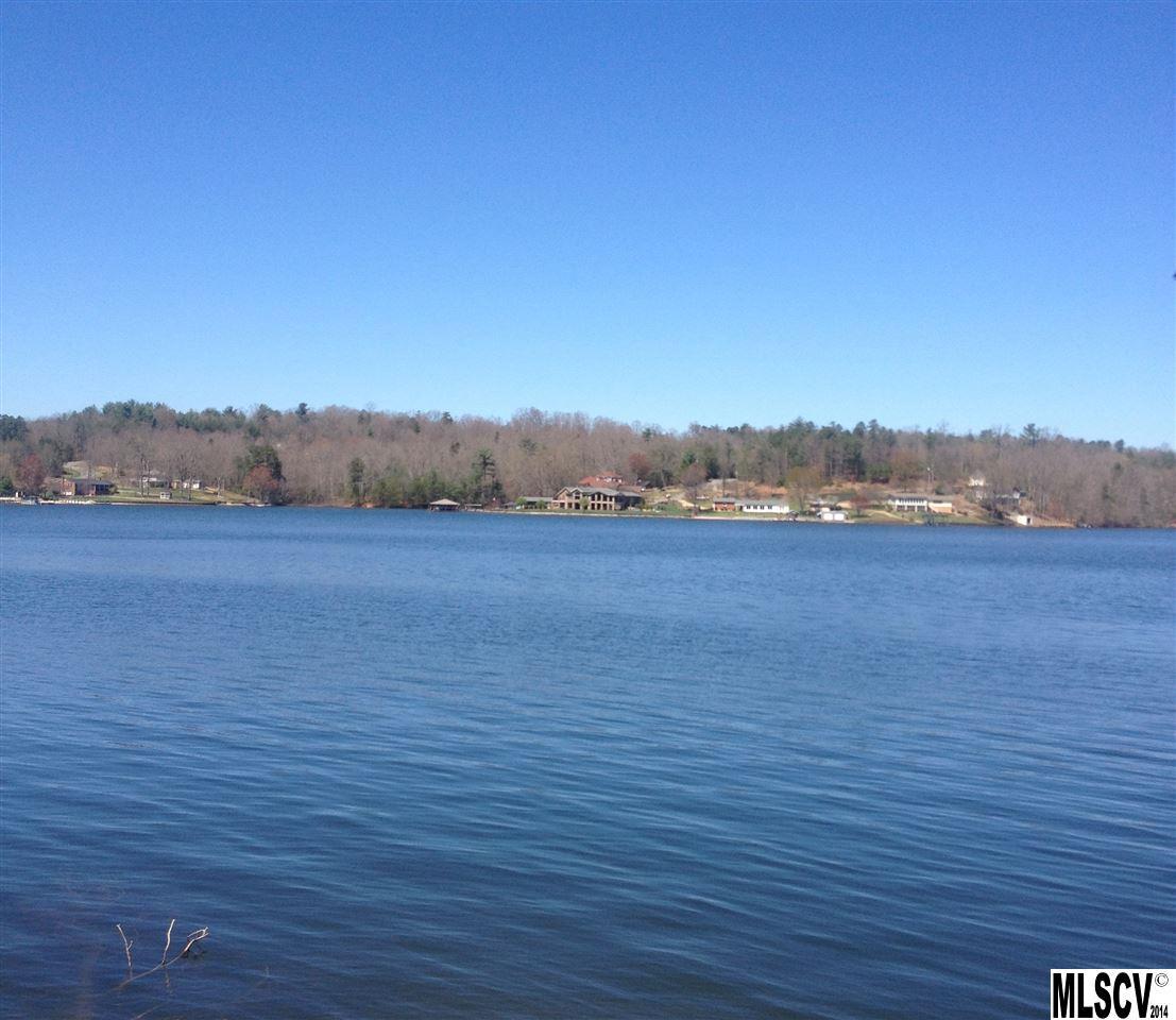 Lakefront Homes: Hickory Lake Real Estate, Hickory Lake Property, Hickory