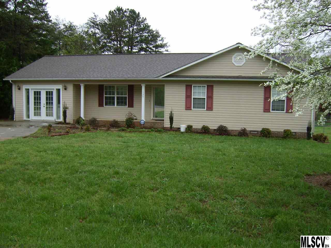 124 Starnes Ln, Taylorsville, NC 28681