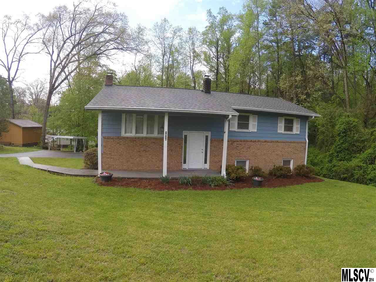 1925 15th Ave SW, Hickory, NC 28602