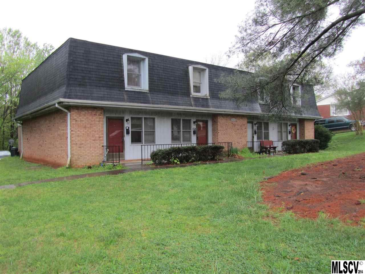 2205 1st Ave Pl NW, Hickory, NC 28601